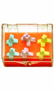 ASSORTED PEGS